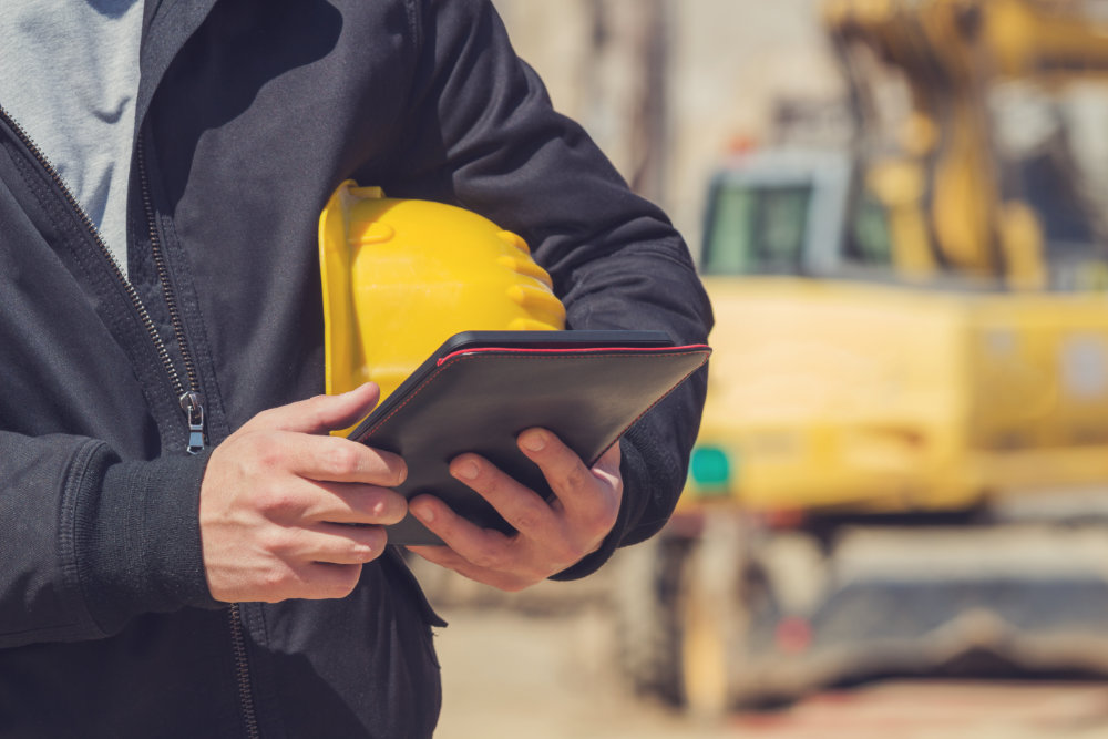 How a construction card can reduce the risk of fraud